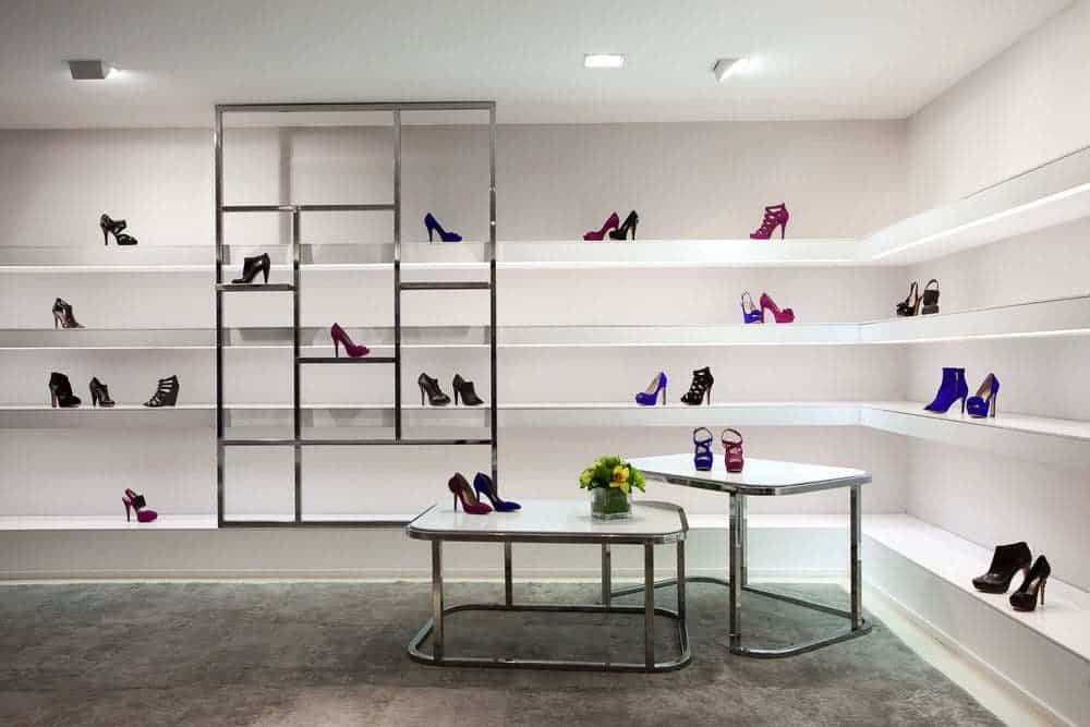 thiet-ke-noi-that-showroom