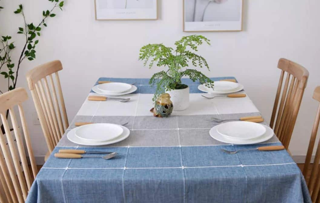 khăn vuông trải bàn