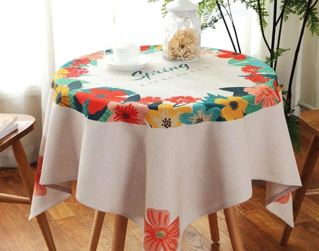 khăn trải bàn ăn