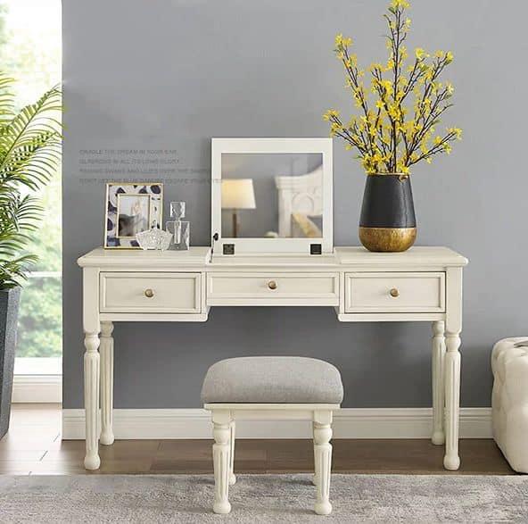 Mẫu bàn phấn màu trắng thanh lịch và sang trọng cho phòng ngủ nhỏ