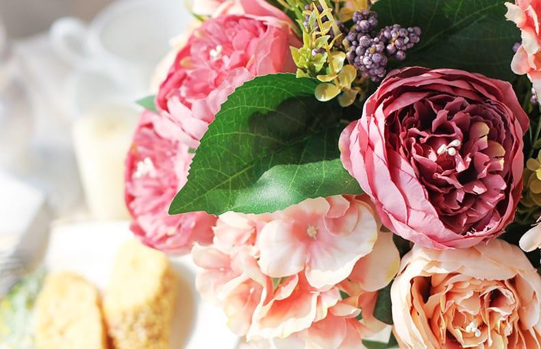 Hoa Lụa Đẹp Phòng Khách Sang Trọng Và Tinh Tế