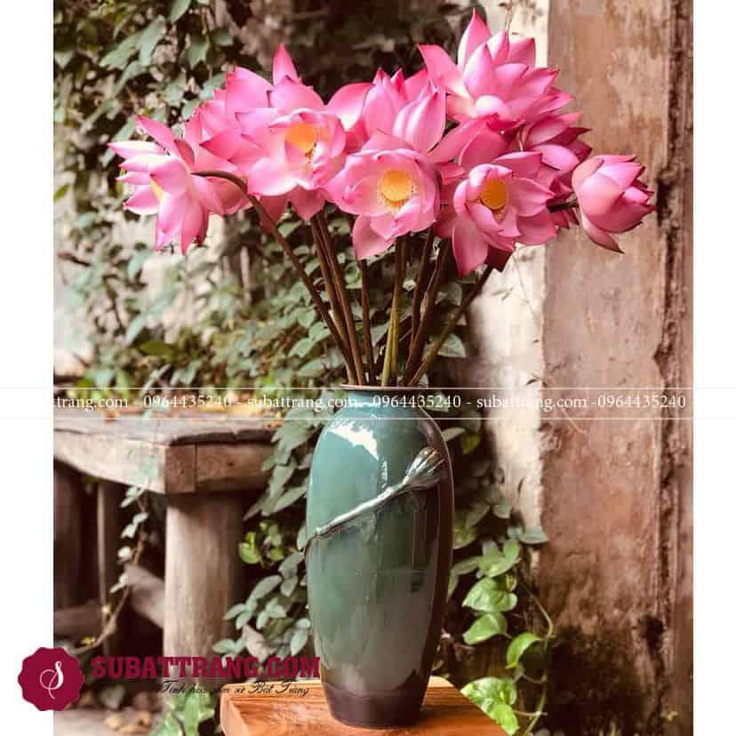 Lọ hoa sứ Bát Tràng Men Hỏa Biến Dáng Bom Cao Đắp Hoa Nổi