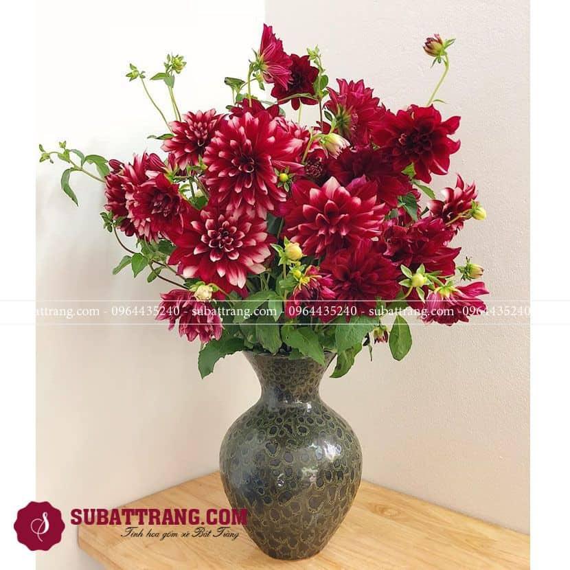 Bình hoa gốm sứ Bát Tràng men hỏa biến dáng tỏi đẹp và sang trọng