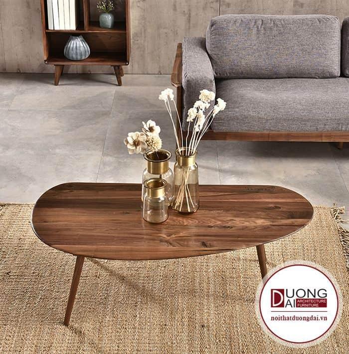 Những mẫu bàn trà mỏng như thế này rất thích hợp cho không gian phòng khách bé.