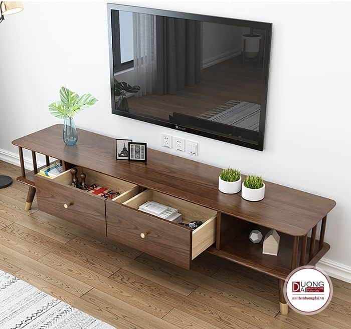 Tính đa dạng của gỗ tự nhiên làm nên nhiều mẫu thiết kế đẹp cho gia chủ.