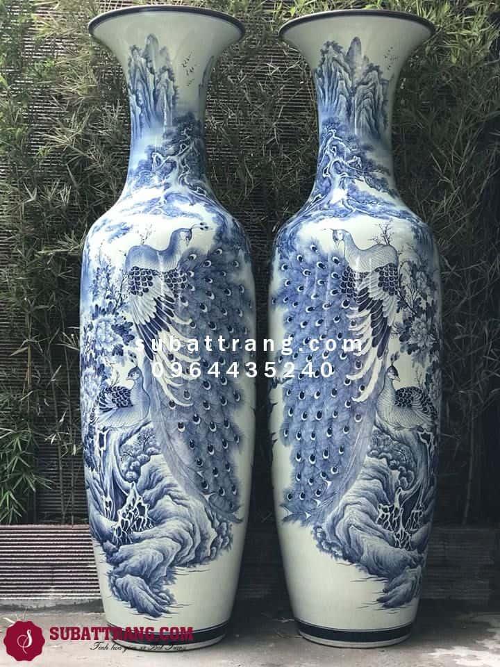 Lục Bình Bát Tràng Công Tùng Men Lam Vẽ Kĩ 1m4 - SBT70063