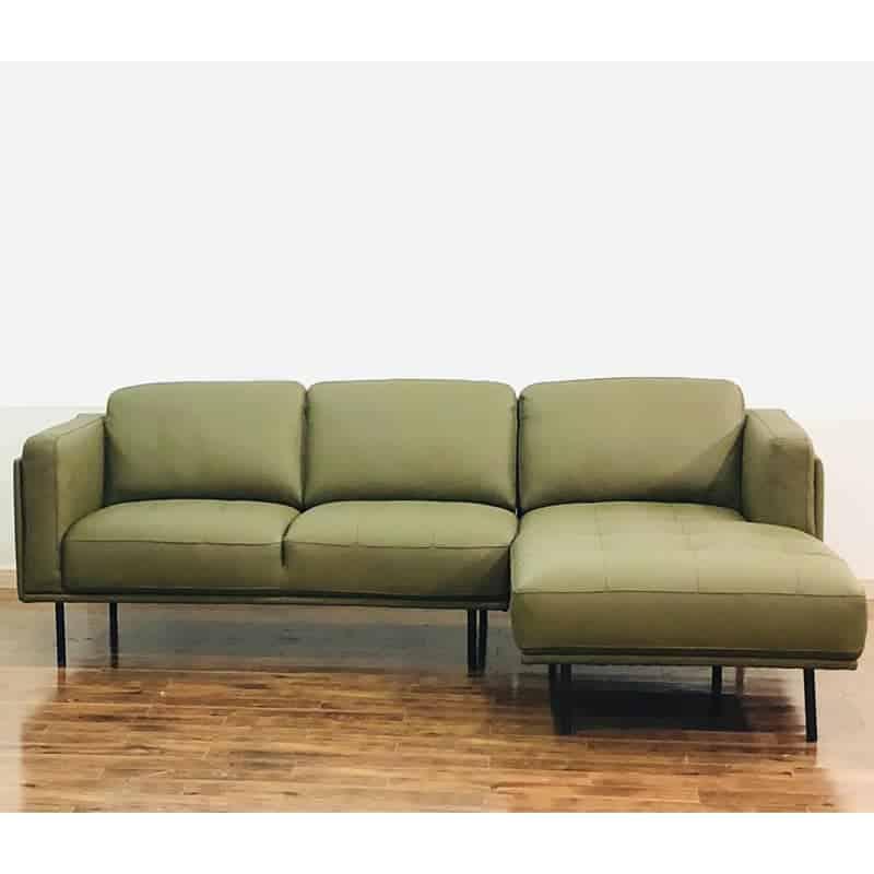 Mẫu sofa góc mang đến sự tinh giản cũng như vô cùng thời trang, hiện đại, sang trọng.