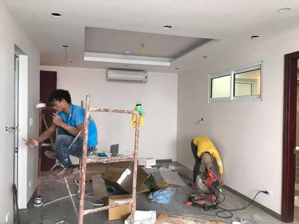 Bố trí lại mặt bằng công năng, cải tạo và sơn sửa cho căn hộ