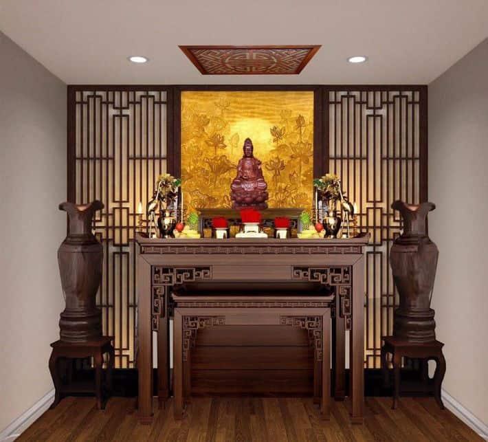 Phòng thờ thiết kế với chất liệu gỗ màu trầm, tạo sự trang nghiêm cho không gian.