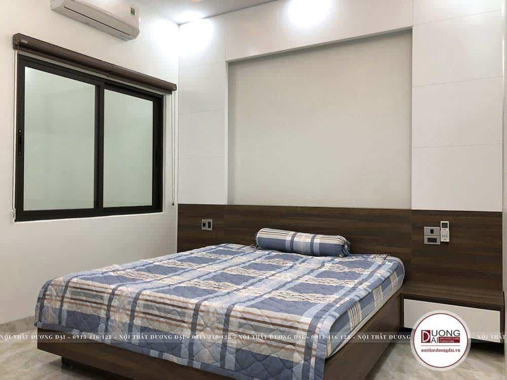 Phòng ngủ đơn giản của bé trai