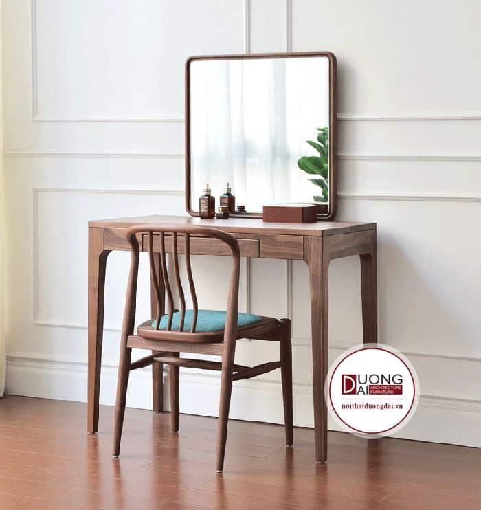 Ghế dựa xinh xắn cũng được làm từ gỗ tự nhiên