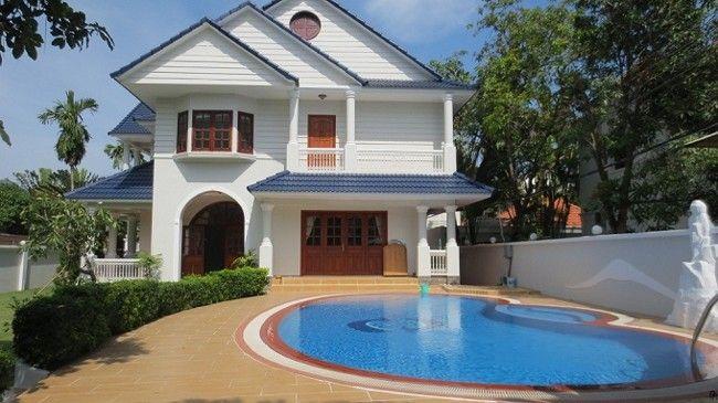 Ý tưởng thiết kế nhà biệt thự có bể bơi góc nhỏ xinh xắn