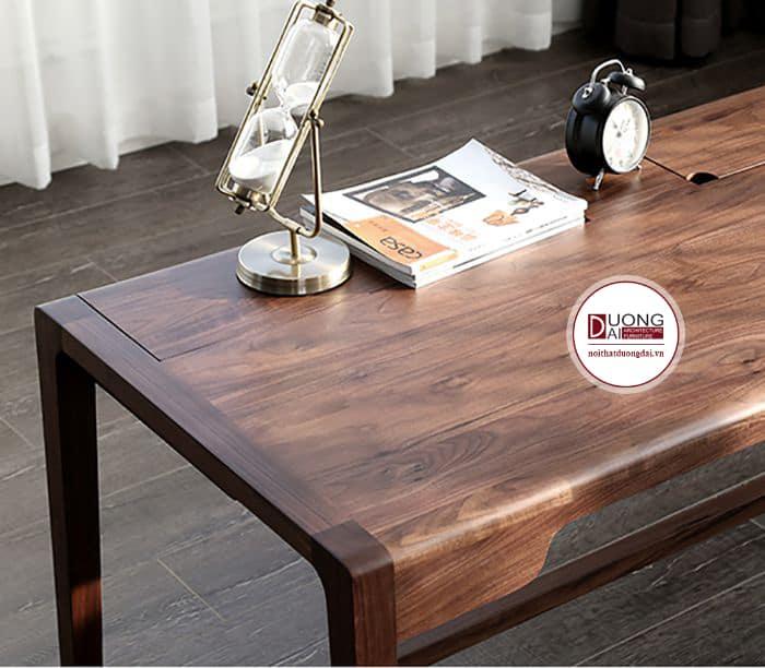 Mặt bàn gỗ óc chó luôn có vẻ đẹp đầy nghệ thuật