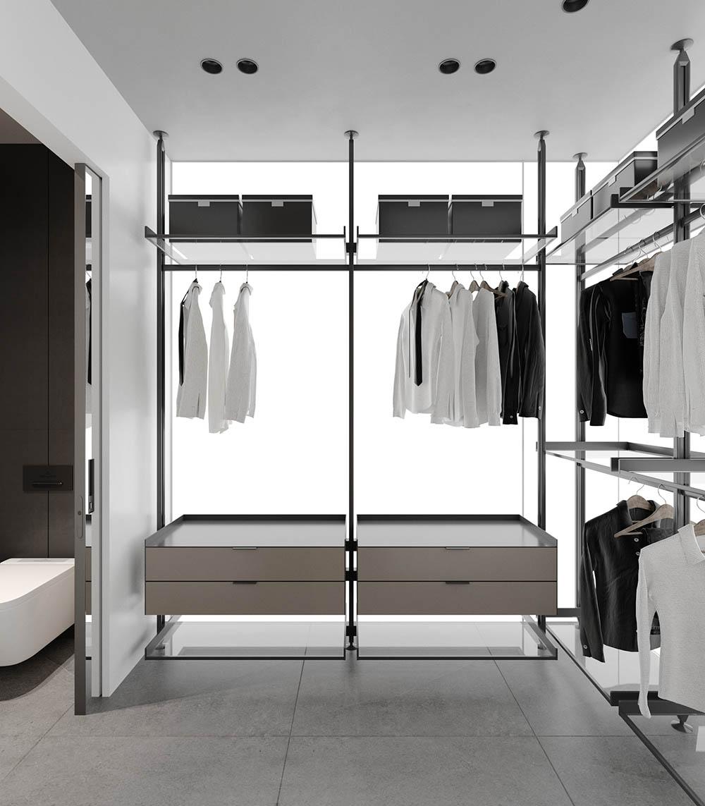 Căn phòng ngăn cách với nhà tắm bởi cửa trượt kính