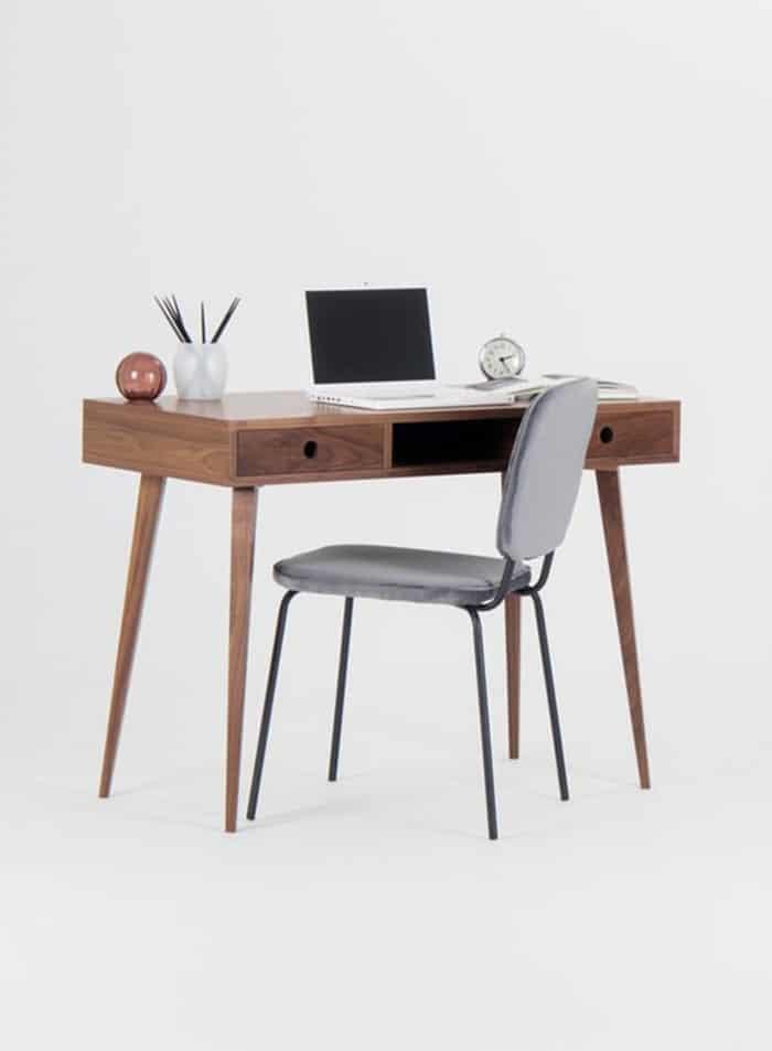 Thiết kế bàn nhỏ gọn đầy hiện đại và trang nhã