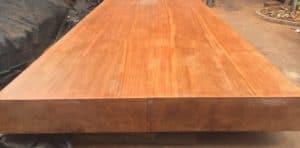 Màu sắc và vân gỗ của gỗ gõ đỏ