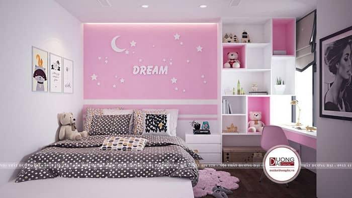 Phòng ngủ với màu hồng trên các bức tường và nội thất cho bé