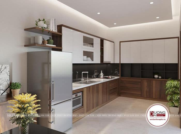 Thiết kế tủ bếp với kệ trang trí treo tường đơn giản mà tiện nghi