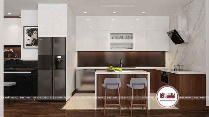 Tủ bếp trên có 2 tầng đều được phủ Acrylic bóng sáng đẹp mắt