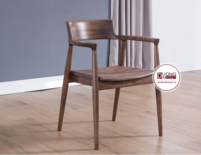 Chiếc ghế mang nét đẹp tinh túy của gỗ óc chó