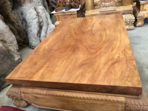 Gỗ có tỷ trọng lớn và nặng hơn nhiều loại gỗ khác