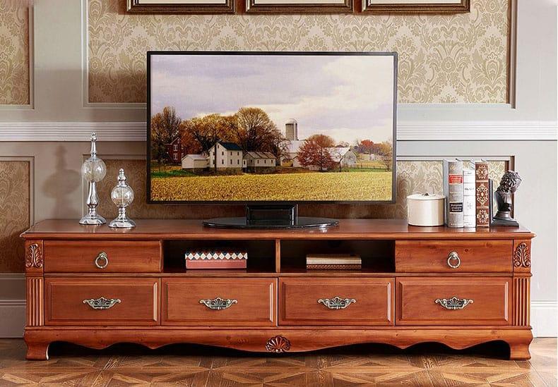 Mẫu kệ tivi được thiết kế theo phong cách tân cổ cho phòng khách nhỏ