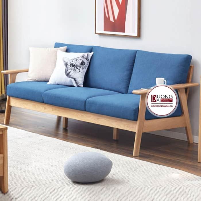 Mẫu sofa ấn tượng với đệm màu xanh dương cá tính