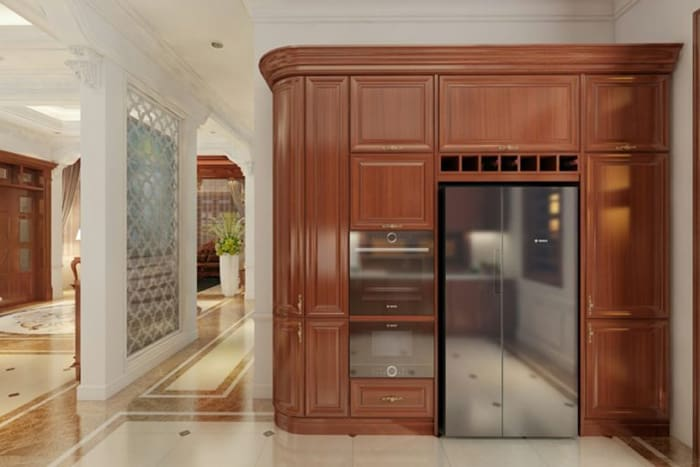Phòng bếp tân cổ với màu đỏ sang trọng của gỗ gõ