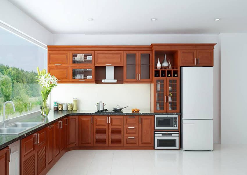 Thiết kế tủ bếp làm từ gỗ tự nhiên có độ bền cao vượt thời gian