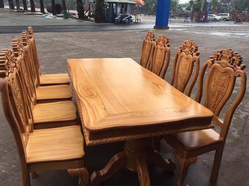 Mẫu bàn ăn dành cho 8 người đầy ấm áp và sang trọng