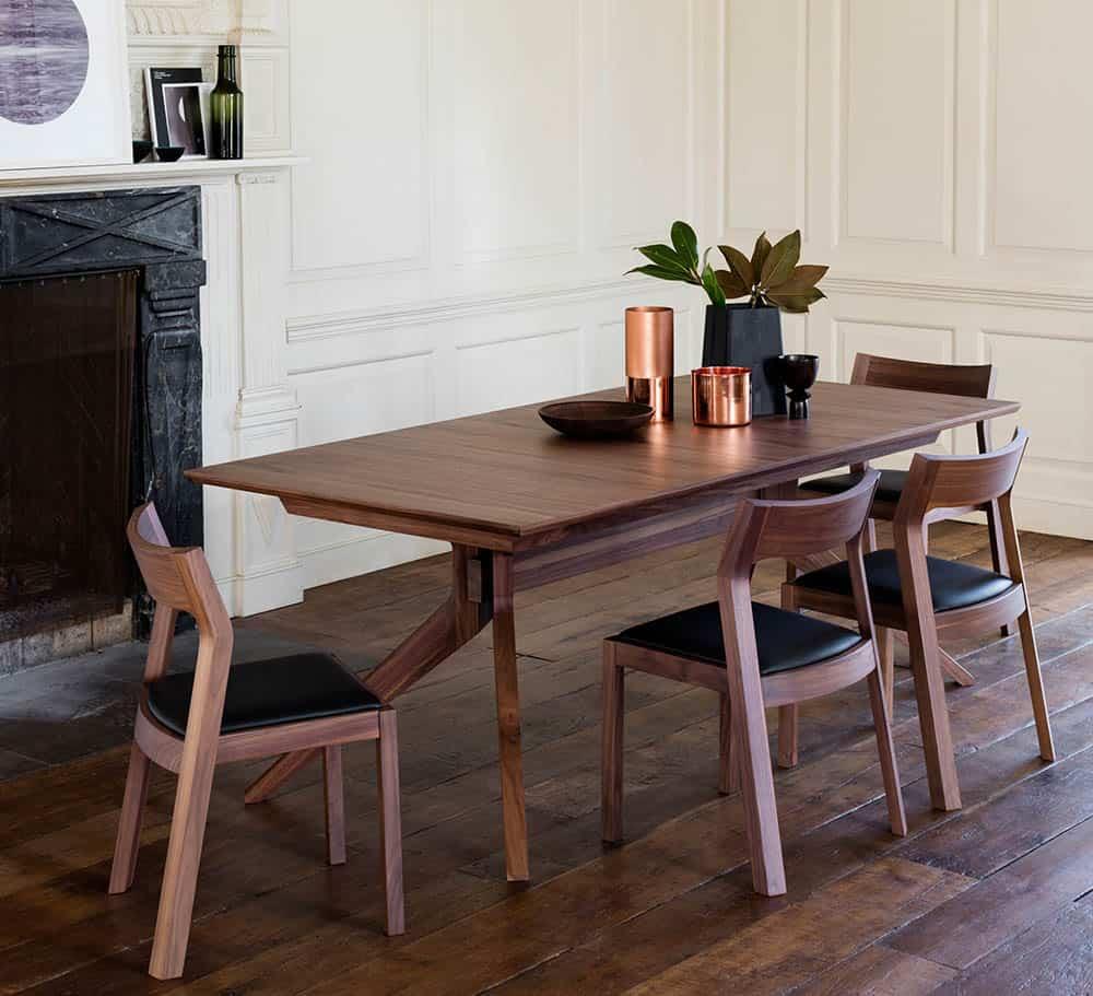Mẫu bàn ghế quý phái cho thiết kế tân cổ