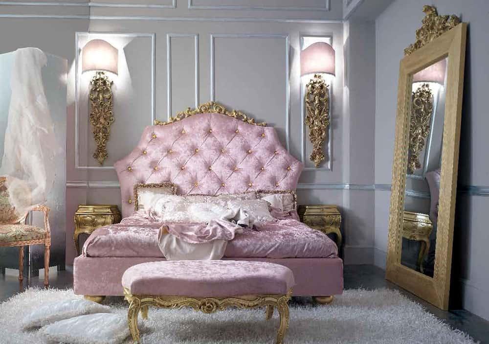 Phòng ngủ nhỏ ấn tượng với màu hồng cánh sen