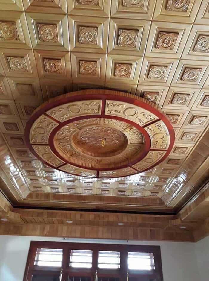 Thiết kế trần gỗ pơ mu sang trọng và tinh tế