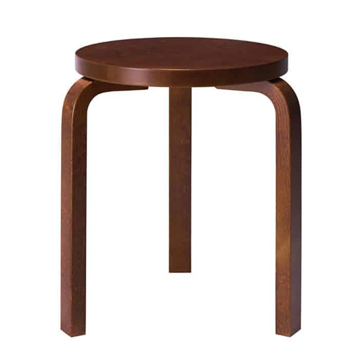 Chiếc ghế nhỏ xinh hình tròn với chất liệu gỗ đẳng cấp