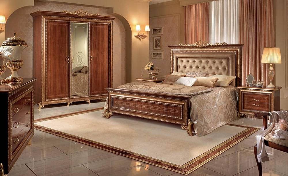 Thiết kế phòng ngủ siêu ấn tượng với mẫu tủ tân cổ cánh gương