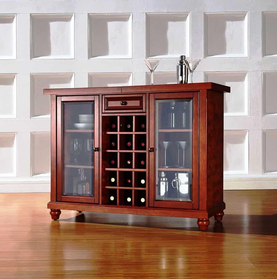 Thiết kế tủ kích thước nhỏ nhưng đựng được nhiều chai rượu