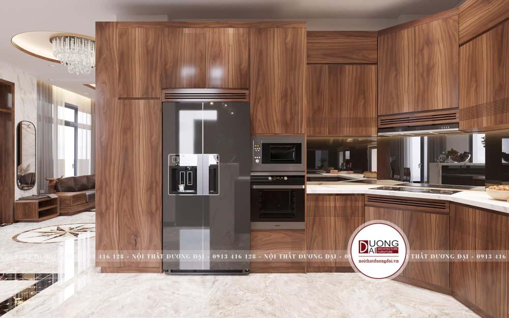 Tủ bếp được thiết kế thông minh với tủ lạnh âm tủ