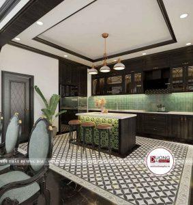 Tủ bếp làm từ gỗ bích và gạch mosaic màu xanh ấn tượng