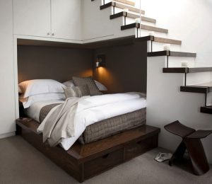 Thiết kế giường ngủ đôi dưới gầm cầu thang