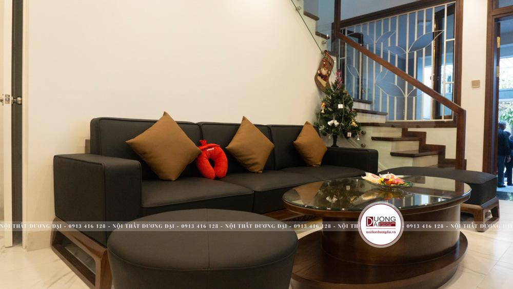Bộ sofa phòng khách từ gỗ sồi Mỹ nhỏ gọn và độc đáo