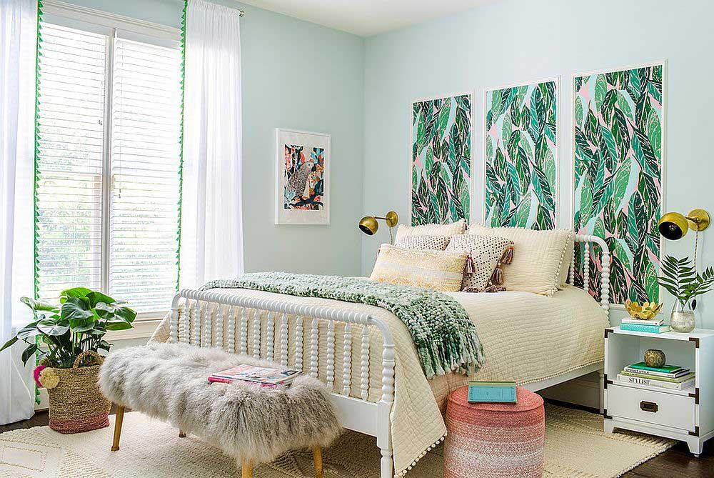 Màu xanh tươi mát được sử dụng cho bức tường phòng ngủ