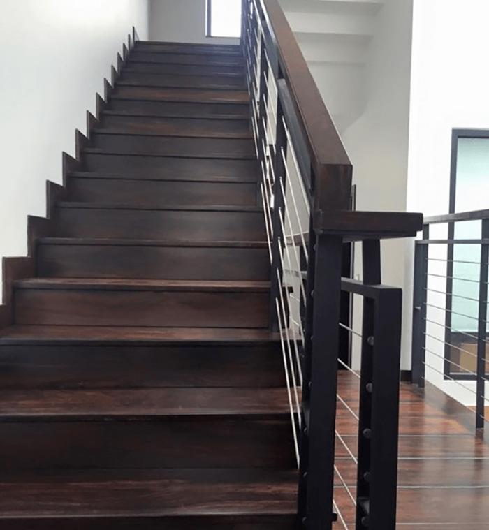 Gỗ chiu liu là gỗ gì? Đặc điểm của gỗ trong sản xuất nội thất