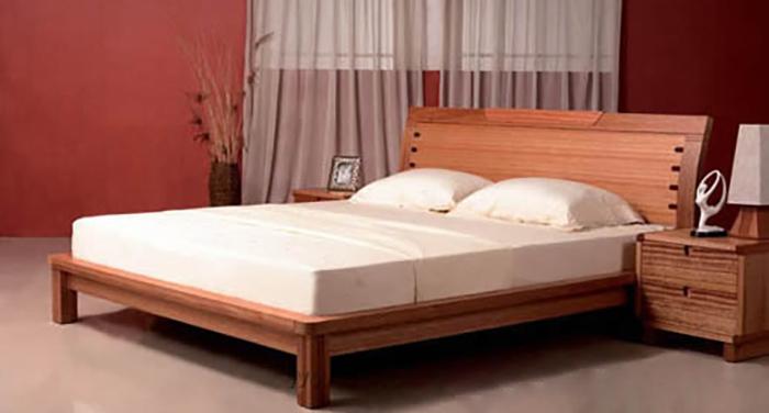 Giường làm từ loại gỗ này nên được tẩm sấy kỹ để tránh bị cong vênh, co ngót