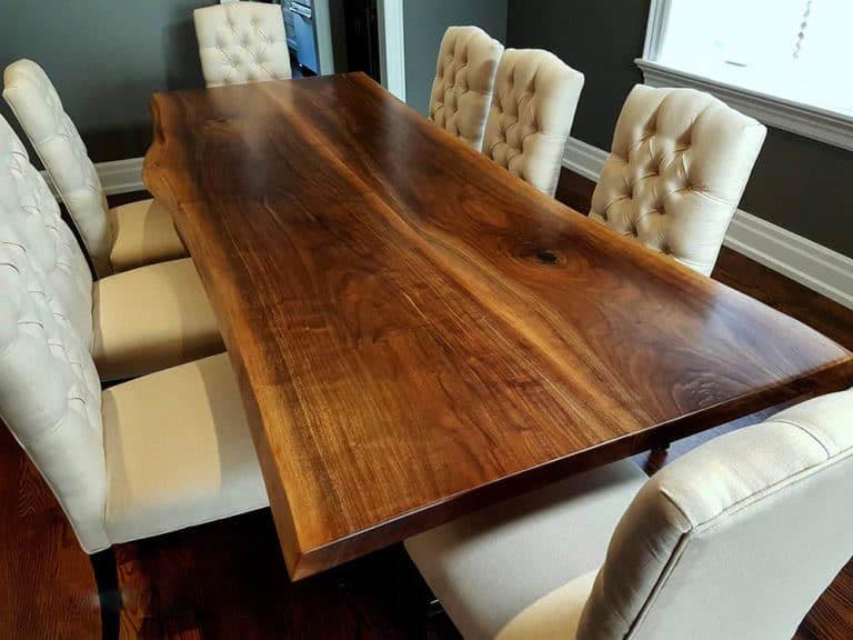 Thiết kế mặt bàn siêu ấn tượng từ tấm gỗ lớn