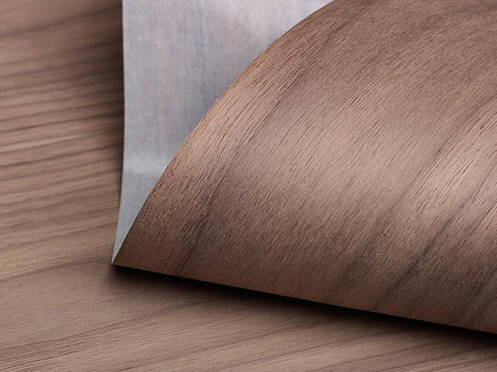 Sản phẩm gỗ veneer chó là sản phẩm gồm 2 lớp