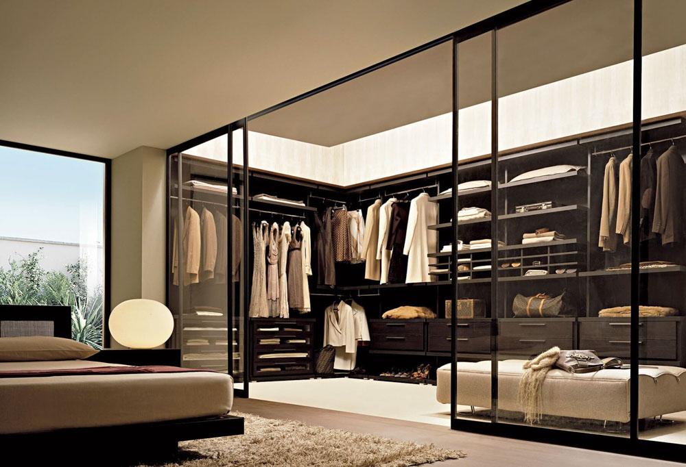 Phòng ngủ và phòng thay đồ có cửa kính
