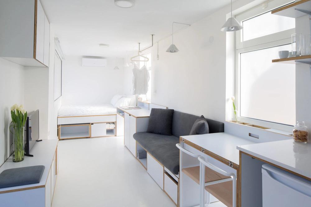 Căn phòng nhỏ mà vẫn rất thoáng đãng và rộng rãi