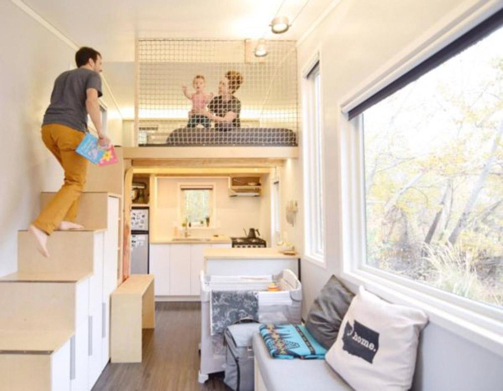 Cải tạo nhà bằng việc sử dụng cầu thang kết hợp