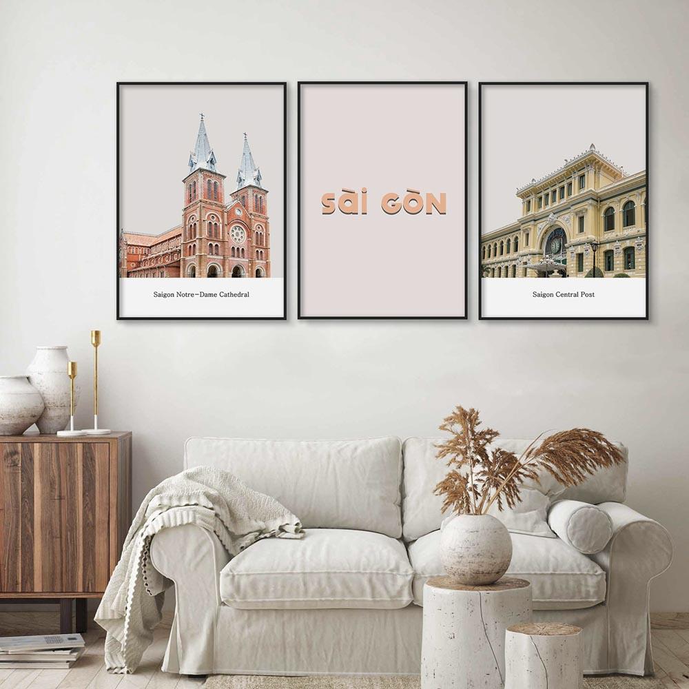 Khi chọn lựa tranh trang trí phòng khách đẹp, yếu tố phù hợp với nội thất là rất quan trọng