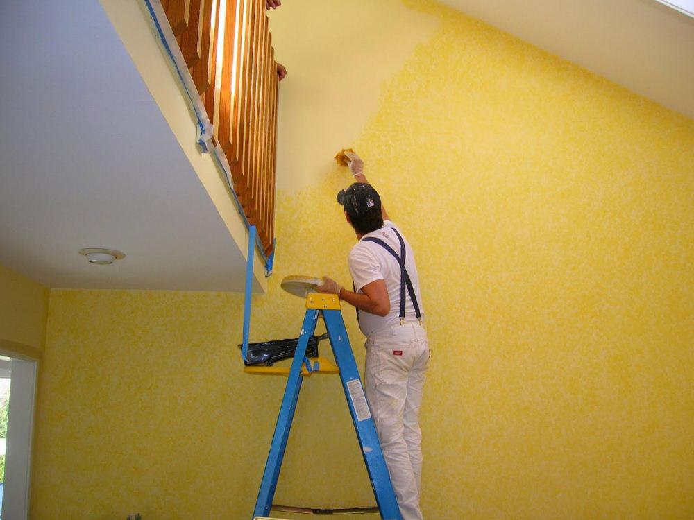 Trong quá trình thực hiện việc sửa nhà thì bạn cần phải đảm bảo cho bề mặt tường trước khi sơn sạch sẽ